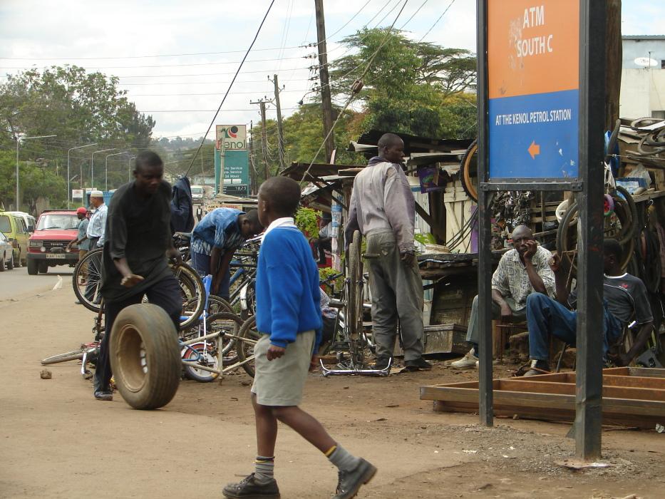 Atelier de réparation de vélos à Nairobi