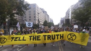 https://www.earthisland.org/journal/index.php/articles/entry/extinction-rebellions-first-big-act-of-civil-disobedience-in-us-shuts-down-rush-hour-traffic-in-dc?gclid=EAIaIQobChMI-fuSyKuz5QIVi5yzCh0fbwEkEAAYASAAEgJdsvD_BwE